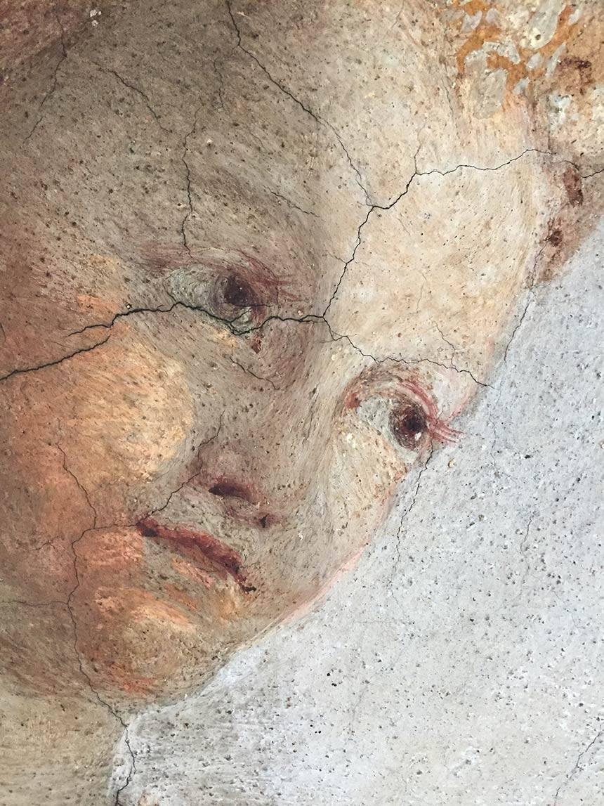Restauro affreschi abitazione privata a Torino