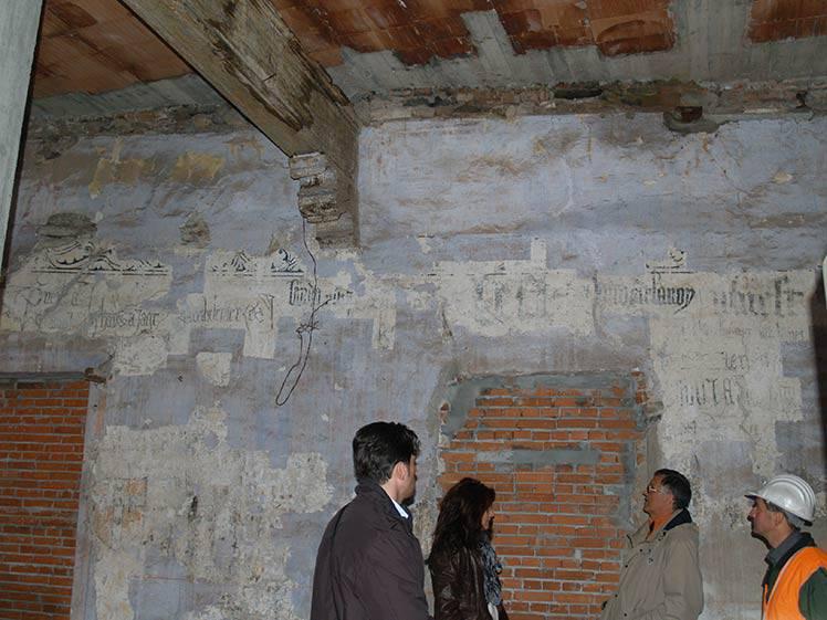 Restauro affreschi ad Avigliana (TO) piazzetta Santa Maria
