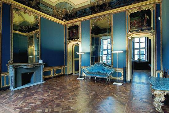 Restauro affreschi e tele a Torino, Via Santa Maria