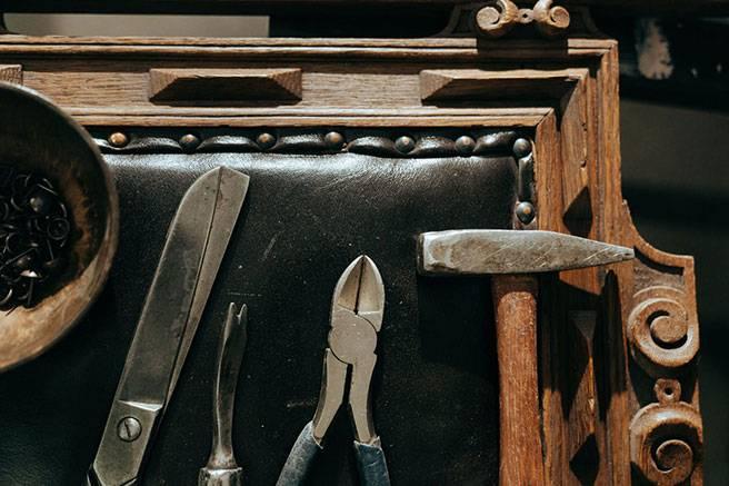 Restauro di mobili antichi a torino